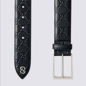 NEW Gucci belt in debossed Gucci Signature leather